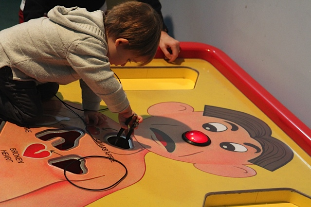 Play GIANT Operation---Carnegie Science Center